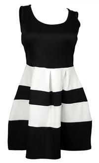Plus size Color Block Flare Mini Dress Black White